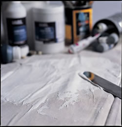 Can You Use Acrylic Undercoat Under Oil Paint