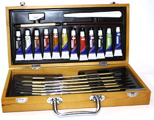 Royal and Langnickel Acrylic and Fusion Brush Wood Box Set