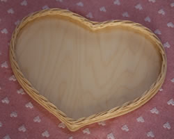 Welcome Wicker Heart Tray
