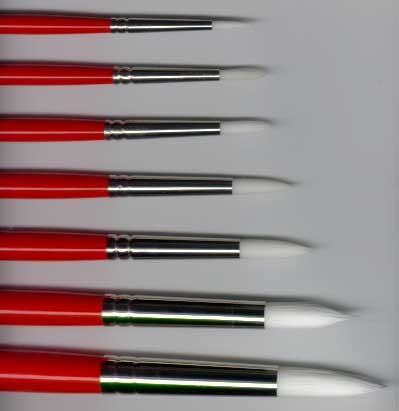 Winsor and Newton White Nylon University Long Handle Brushes - Series 235 Rounds
