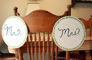 Wood Circles used as Mr. and Mrs. Wedding Signs