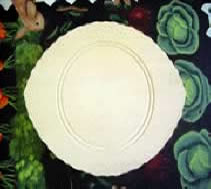 Wooden Plate Scalloped Beaded Oval